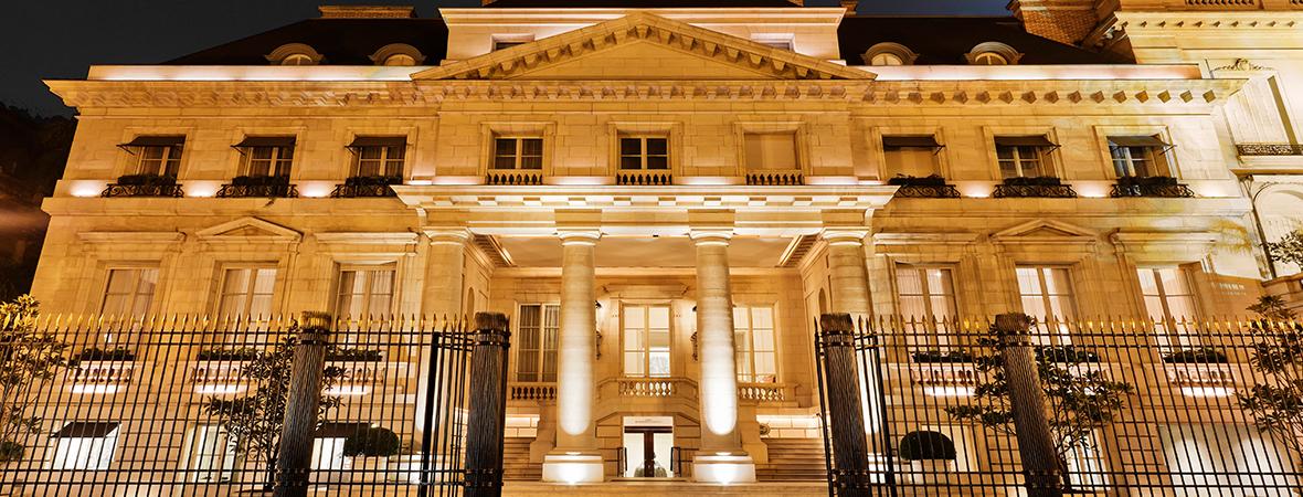 高級街レコレータ地区に建つコロニアル様式の白亜の館、パラシオ ドゥオ パークハイアット ブエノスアイレス3泊7日