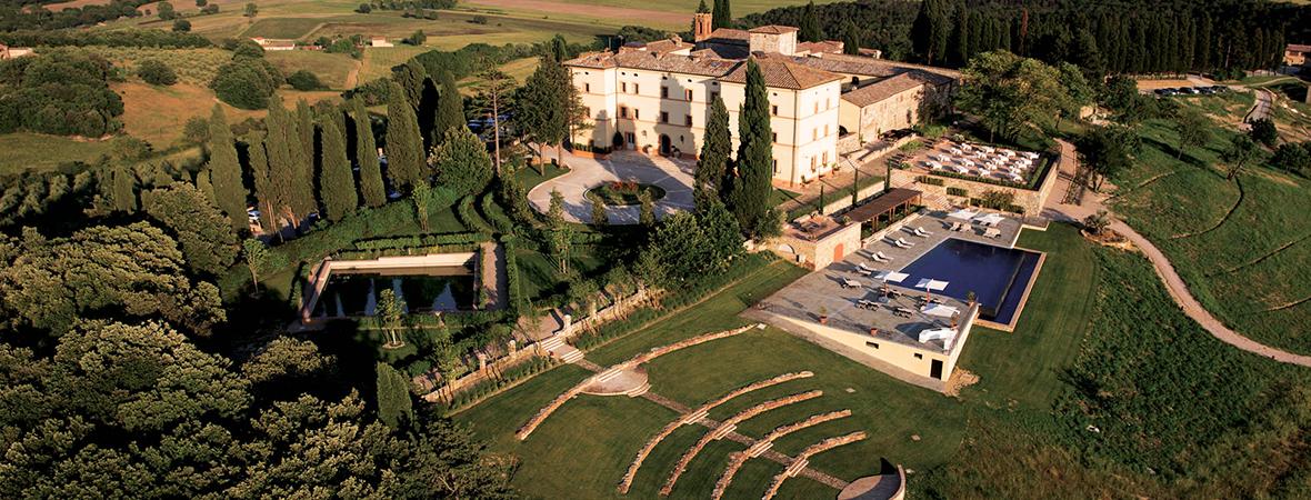 1000年の歴史を感じる古城ホテル「カステッロ ディ カーゾレ」3泊5日
