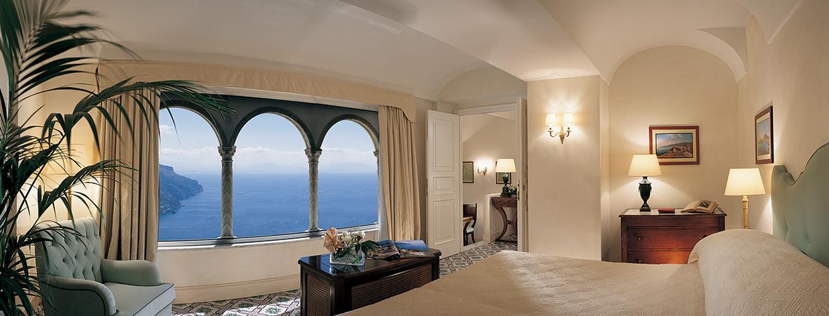 天空に浮かぶ瀟洒な宮殿 </p>ベルモンド ホテル カルーソ 3泊5日